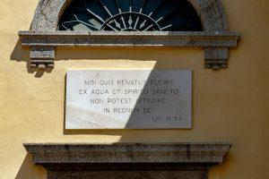 Iscrizione ingresso Battistero